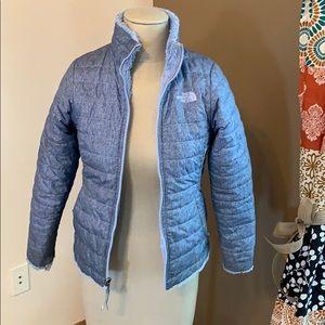 Girls North Face reversible coat size Medium